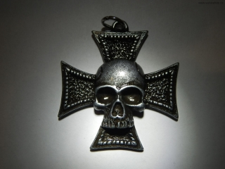 Amulet - Iron Cross - Skull
